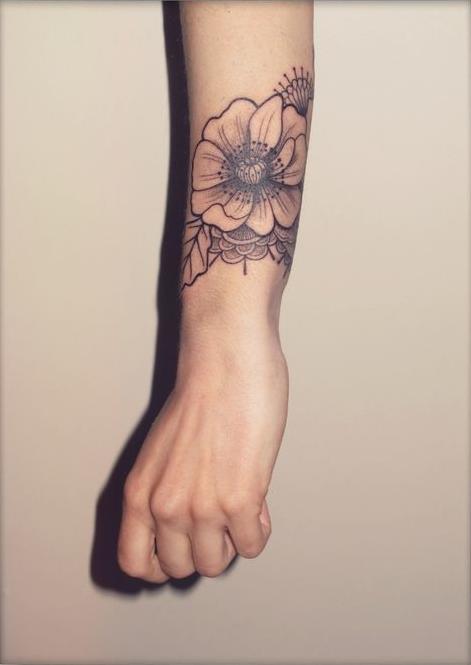 Quelques Idees De Tatouages Florales